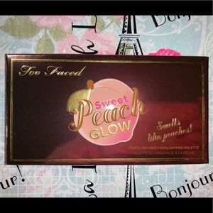 🍑Too Faced Sweet Peach Glow Palette🍑